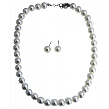 50's Pearl Earring and Necklace Set.jpg